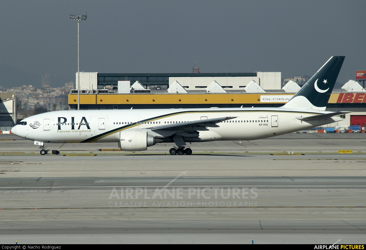PIA - Pakistan International Airlines AP-BGL aircraft at Barcelona - El Prat