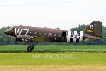 N345AB - Private Douglas DC-3