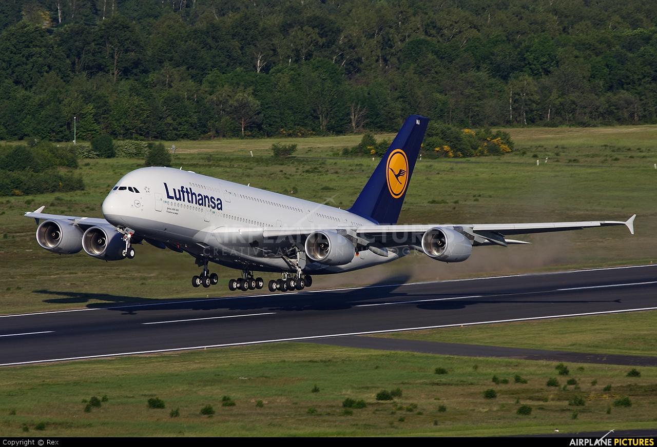 Lufthansa D-AIMA aircraft at Cologne Bonn - Konrad Adenauer