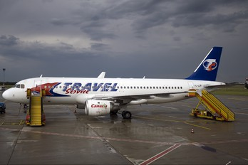 YL-LCA - Travel Service Airbus A320