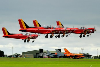 "ST-04 - Belgium - Air Force ""Les Diables Rouges"" SIAI-Marchetti SF-260"
