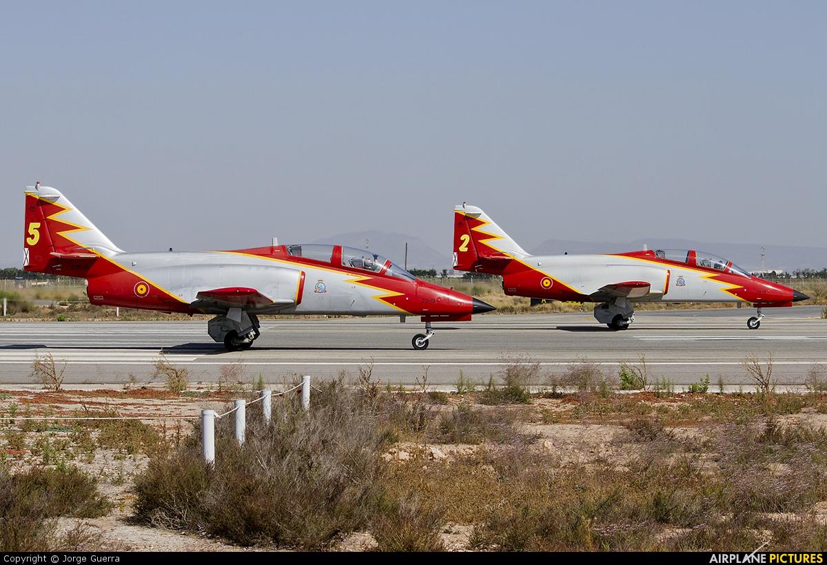 Spain - Air Force : Patrulla Aguila E.25-13 aircraft at Murcia - San Javier