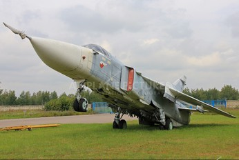 09 - Russia - Air Force Sukhoi Su-24M