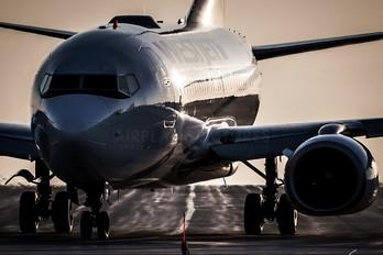 C-FWAD - WestJet Airlines Boeing 737-700