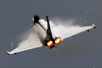 ZK333 - Royal Air Force Eurofighter Typhoon FGR.4