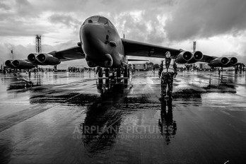 60-0049 - USA - Air Force Boeing B-52H Stratofortress