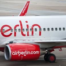 D-AHXH - Air Berlin Boeing 737-700
