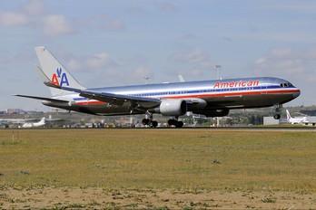 N39356 - American Airlines Boeing 767-300ER