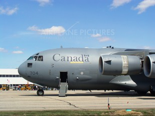 177704 - Canada - Air Force Boeing CC-177 Globemaster III