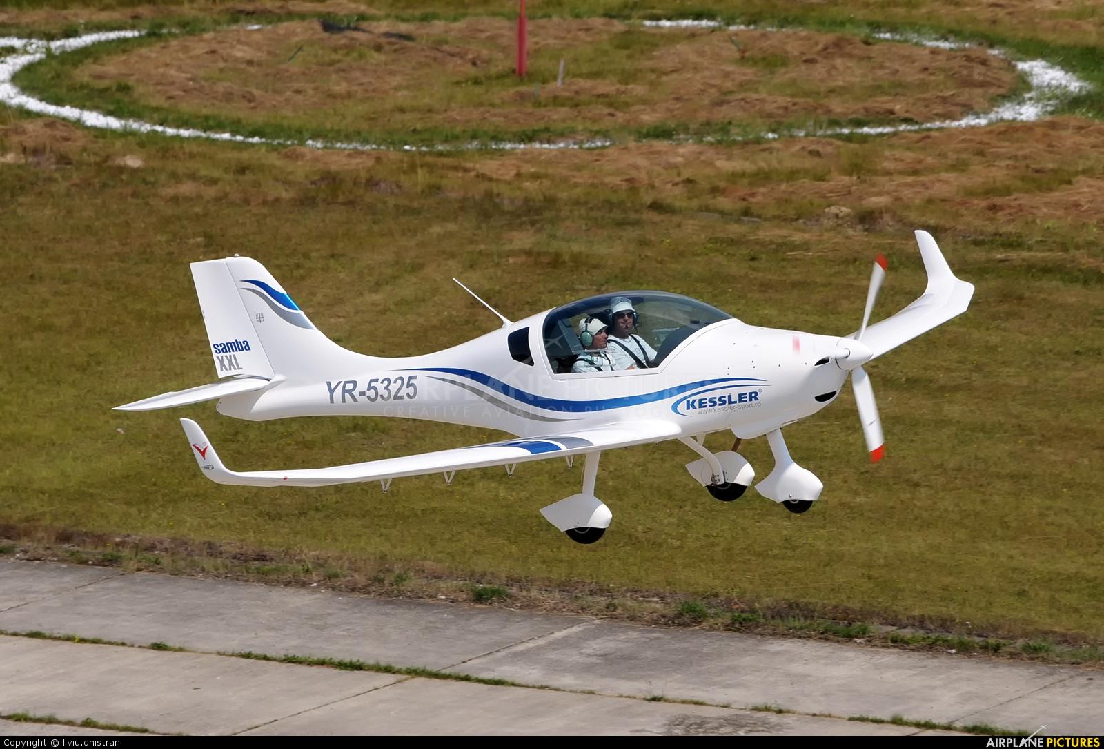 Private YR-5325 aircraft at Floreni
