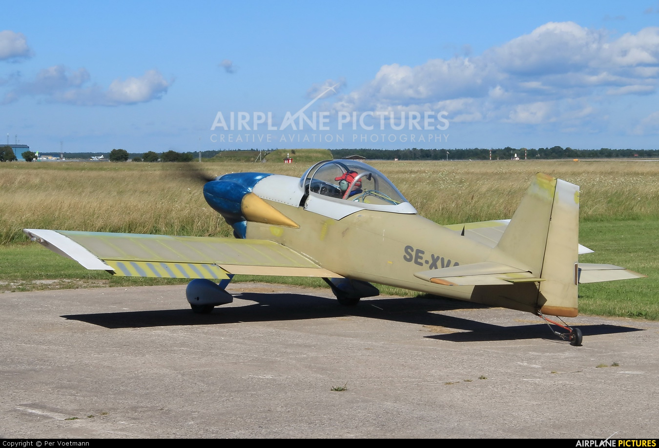 1b52e7ee6928 SE-XVA - Private Vans RV-3 at Visby