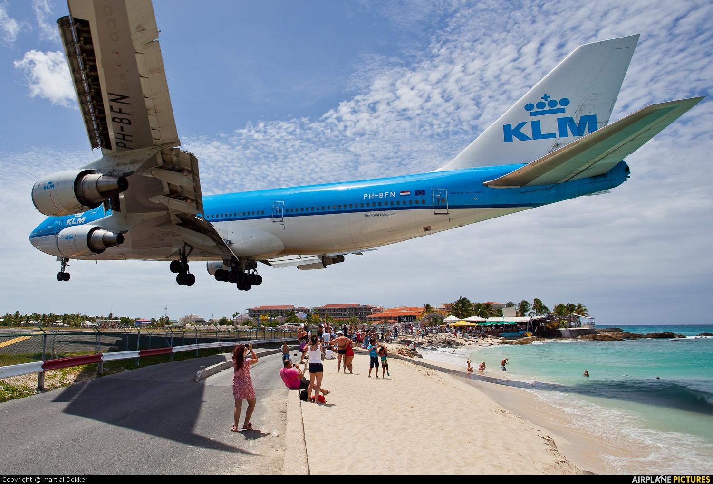 PH-BFN - KLM Boeing 747-400 at Sint Maarten - Princess ...