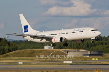 LN-RPR - SAS - Scandinavian Airlines Boeing 737-800