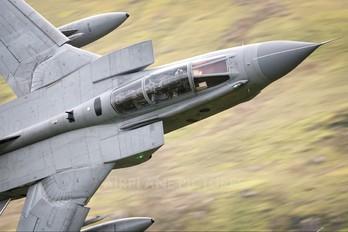 ZG712 - Royal Air Force Panavia Tornado GR.4 / 4A
