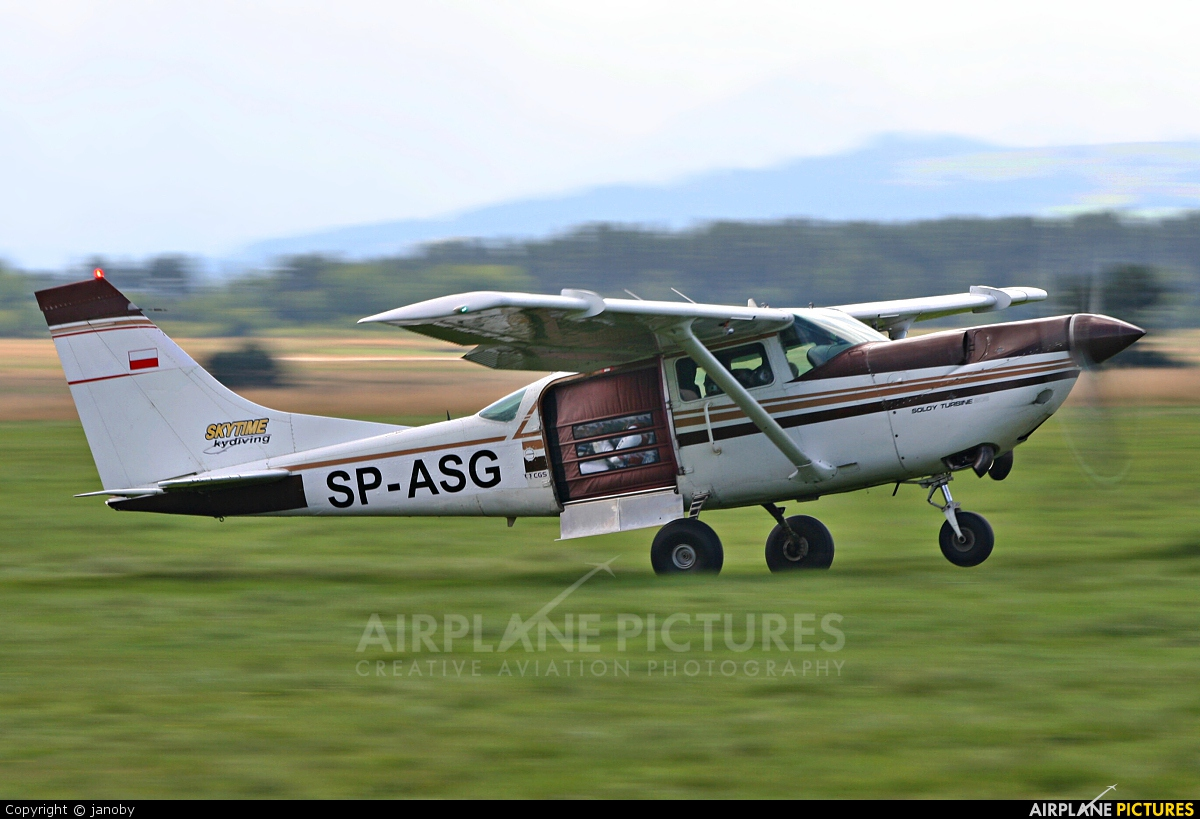 Private SP-ASG aircraft at Nowy Targ