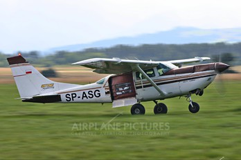 SP-ASG - Private Cessna 206 Stationair (all models)