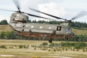ZA684 - Royal Air Force Boeing Chinook HC.2