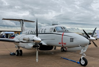 N1459 - Private Beechcraft 300 King Air