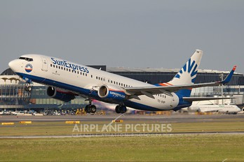 TC-SNP - SunExpress Boeing 737-800