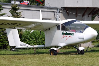 LY-UBT - Private Aeroprakt A-20