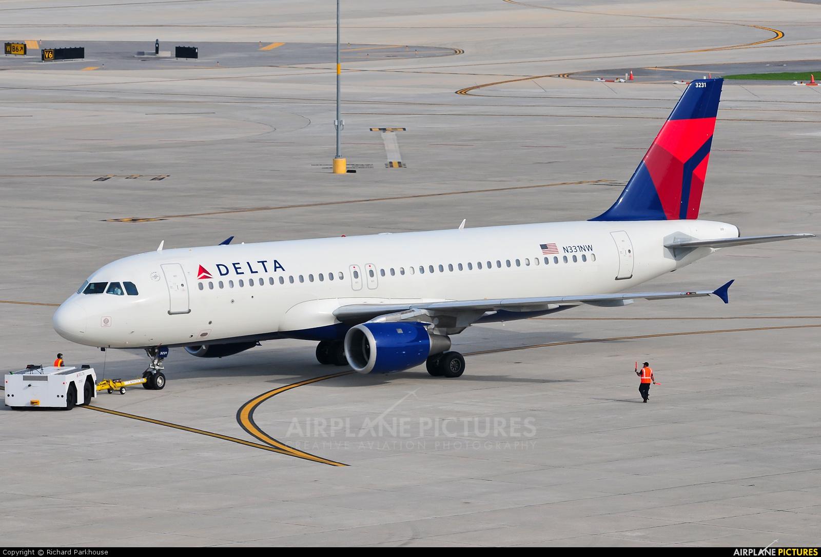 Delta Air Lines N331NW aircraft at Tampa Intl