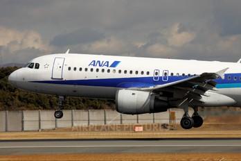JA8390 - ANA - All Nippon Airways Airbus A320