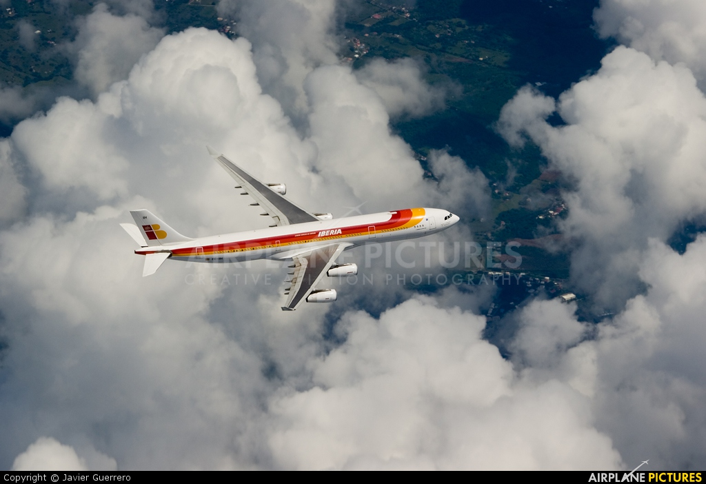 Iberia EC-IIH aircraft at In Flight - International