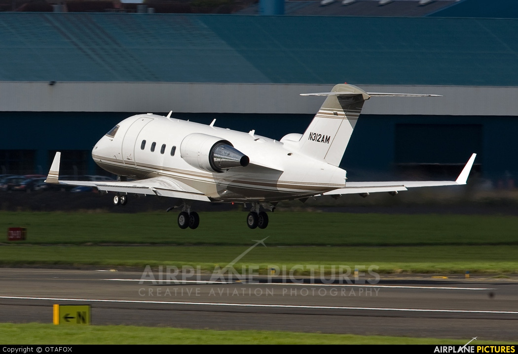 Private N312AM aircraft at Prestwick