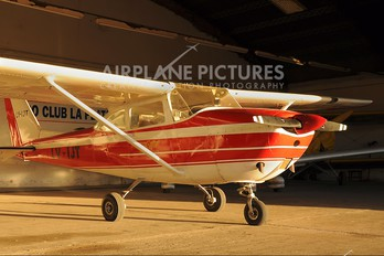LV-IJT - Private Cessna 172 Skyhawk (all models except RG)