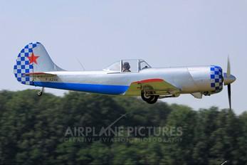 F-AZXK - Private Yakovlev Yak-50