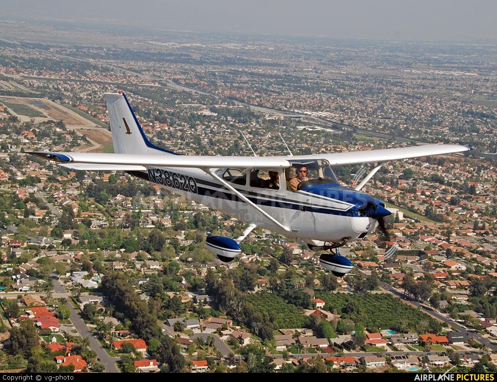 Private N3862Q aircraft at In Flight - California