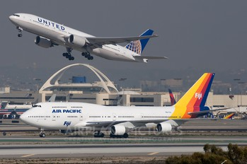 DQ-FJL - Air Pacific Boeing 747-400