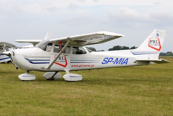 SP-MIA - Private Cessna 172 Skyhawk (all models except RG)