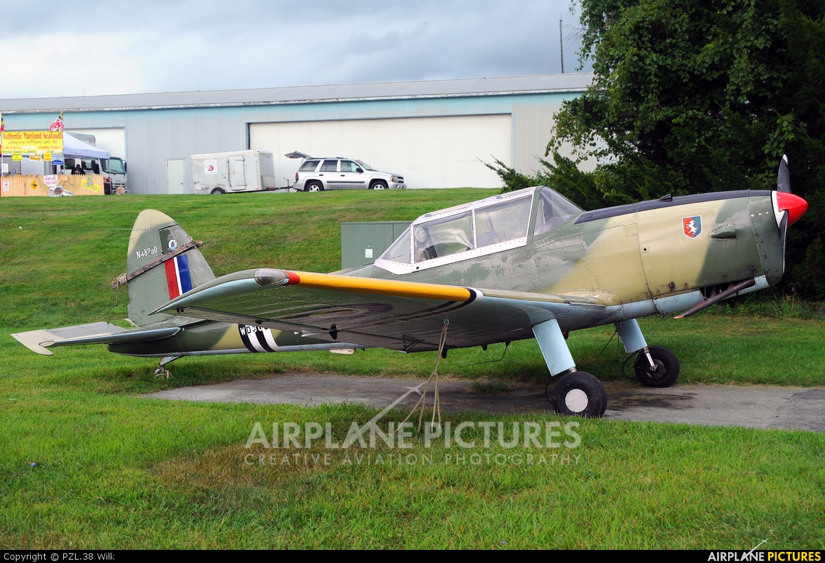 Private N48250 aircraft at Toughkenamon - New Garden Flying Field