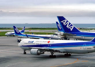 JA8257 - ANA - All Nippon Airways Boeing 767-300