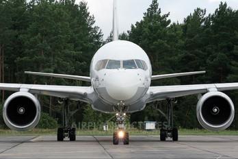TC-SNB - SunExpress Boeing 757-200