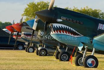 - - Private Curtiss P-40N Warhawk