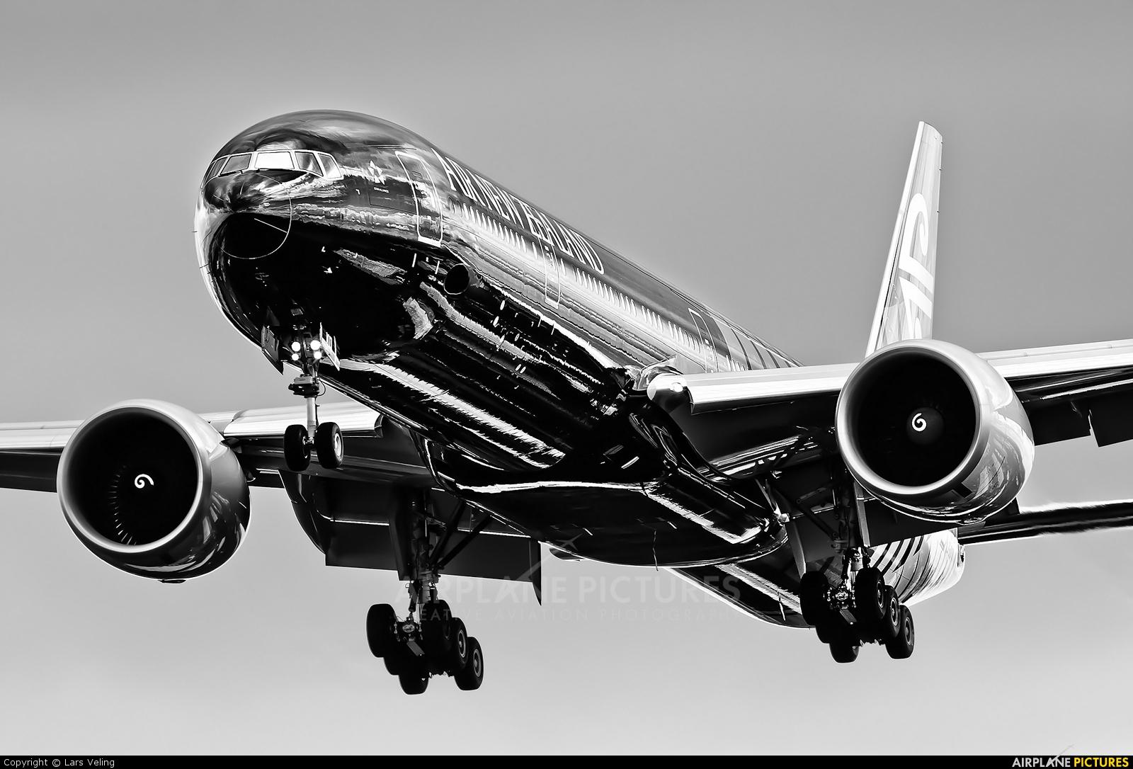 Air New Zealand ZK-OKQ aircraft at London - Heathrow
