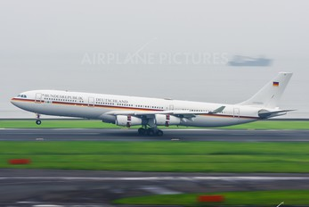 16+01 - Germany - Air Force Airbus A340-300