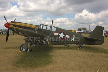 N4607V - Collings Foundation North American A-36 Apache