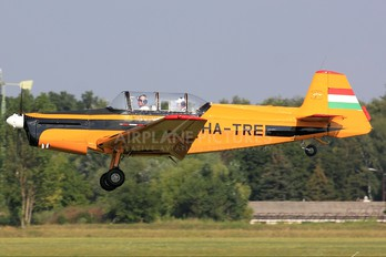 HA-TRE - Private Zlín Aircraft Z-326 (all models)