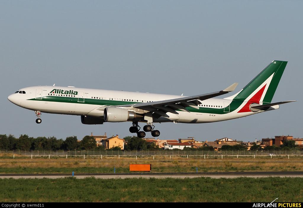 Alitalia EI-EJK aircraft at Rome - Fiumicino