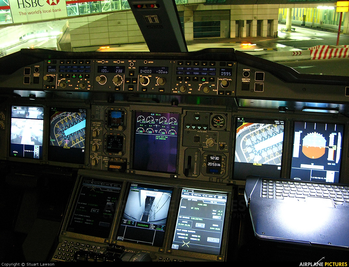 Emirates Airlines A6-EDU aircraft at Dubai Intl