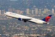 N1402A - Delta Air Lines Boeing 767-300 aircraft
