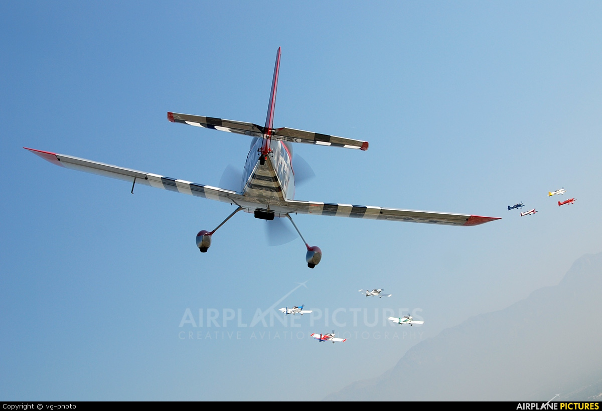 Private N898W aircraft at In Flight - California
