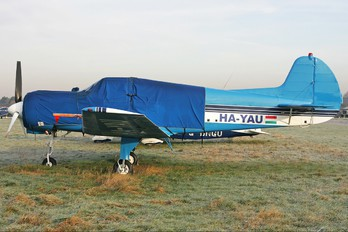 HA-YAU - Private Yakovlev Yak-18T