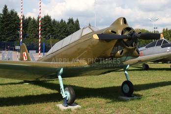 26 - Poland - Air Force Yakovlev Yak-18