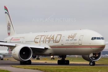 A6-ETK - Etihad Airways Boeing 777-300ER