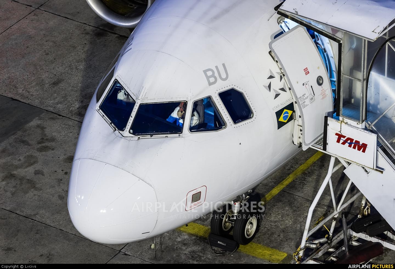 TAM PR-MBU aircraft at Rio de Janeiro - Santos Dumont
