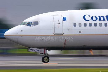 N17244 - Continental Airlines Boeing 737-800